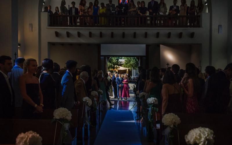 Los cargos en una boda, Quienes son? Parte I – La Madrina